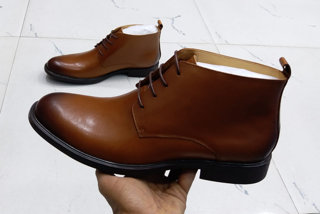 Brown Low-cut Boots